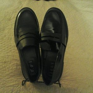 New Forever 21 black patent loafers